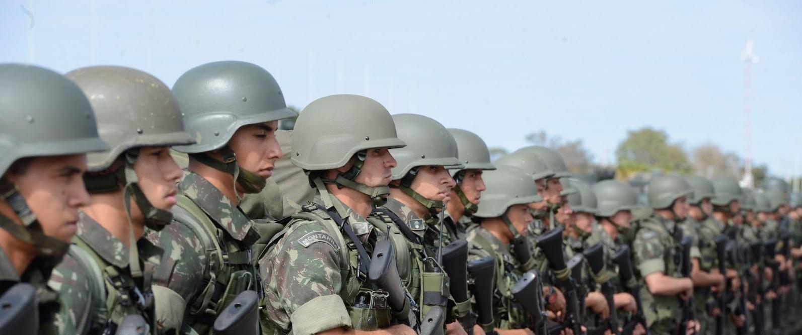 Aposentadorias de militares e servidores vão gerar déficit de R$ 90 bi
