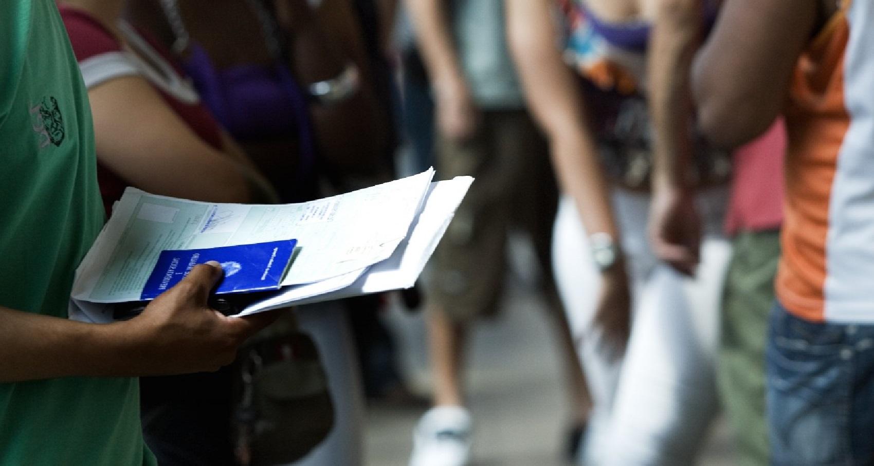 Brasil deve criar menos da metade dos empregos previstos